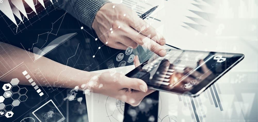 5 Benefits of Hiring an Online Marketing Agency